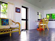 Bungalow2/living-area_1432597191.jpg